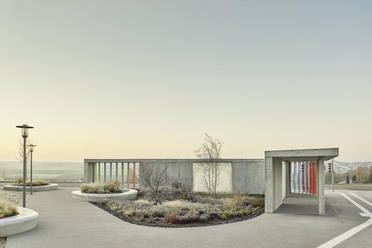 Bosch Bus Stop © Architekturftograf Juergen Pollak